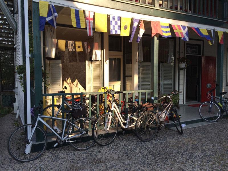 Mecklenburgh Inn (The)